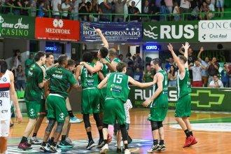 Fiesta en el Gigante Verde: Estudiantes le sacó el invicto al tetracampeón de la Liga Nacional