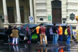 """Por """"obstaculizar el tránsito"""", la Municipalidad de Paraná denunció a sus propios empleados"""