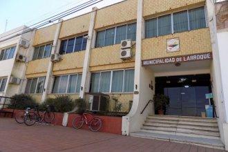 El municipio de Larroque y una constructora entablaron un juicio civil por la causa que investiga sobreprecios