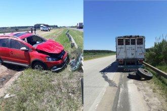 Una rueda se desprendió del acoplado, impactó contra un auto y provocó un accidente en la Autovía Artigas