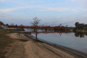 """La Municipalidad asegura que el río Gualeguaychú está habilitado y que """"no existen solicitudes"""" de informe ambiental"""