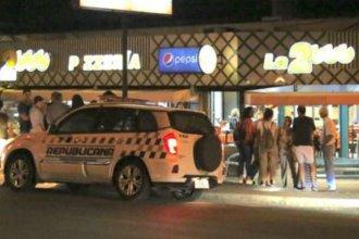 """Pese a tener cámaras y guardia de seguridad, otra vez asaltaron con violencia a pizzería """"La 2000"""""""