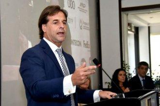 """En su primera reunión empresarial, Lacalle Pou dio """"garantías jurídicas"""" para la instalación de la nueva pastera de UPM"""