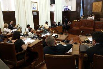 Con un cambio de último momento y cuatro votos en contra, quedaron aprobados los aumentos de las tasas municipales