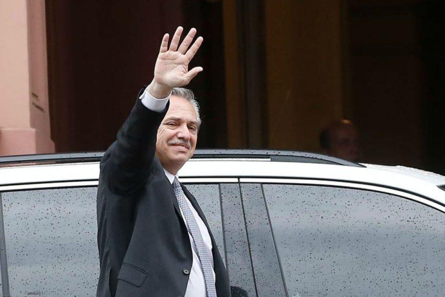 Fernández, a las 11:30, llegará al Congreso.
