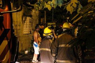 Incendio en inmediaciones del Corsódromo se cobró la vida de una niña de sólo 3 años de edad