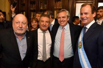 Más de 2 décadas de gobierno provincial resumidas en una foto con Busti y Urribarri, otra vez juntos