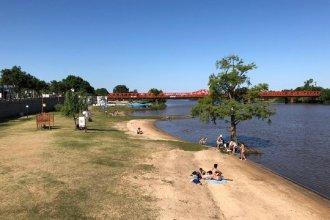 Solicitaron a Provincia que informe si el río Gualeguaychú es apto para el uso recreativo