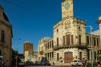 Tras 20 días de reclamo y corte de calle, levantaron el acampe frente a la Municipalidad de Paraná