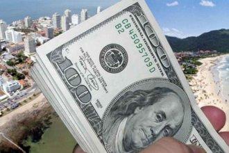 """Malestar en el Uruguay por el """"dólar turista"""" que anunció el nuevo gobierno argentino"""