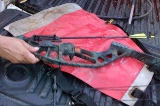 Interceptaron a un hombre y dos adolescentes que herían carpinchos con arco y flecha en Concordia