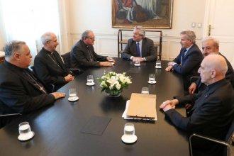 Con la Conferencia Episcopal Argentina, Fernández se manifestó cercano a Francisco y preocupado por temas sociales
