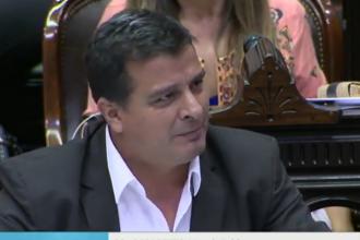 """""""Hay que vencer la crisis"""", remarcó Casaretto en su defensa al proyecto de emergencia"""