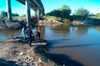 Tragedia en el arroyo Feliciano: dieron con el cuerpo del hombre que intentó cruzarlo de punta a punta