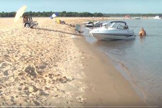 Uruguayos encontraron la fórmula para disfrutar de una playa argentina sin pasar por aduana ni migración
