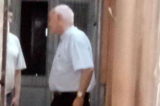El arzobispo de Paraná visitó en la cárcel al cura Escobar Gaviria, condenado por corrupción de menores