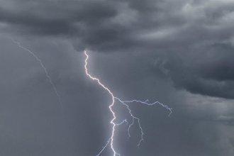 Rige un alerta por tormentas fuertes para varias ciudades entrerrianas