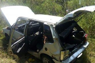 Despiste en la autovía Artigas: dos de los ocupantes del auto sufrieron lesiones leves