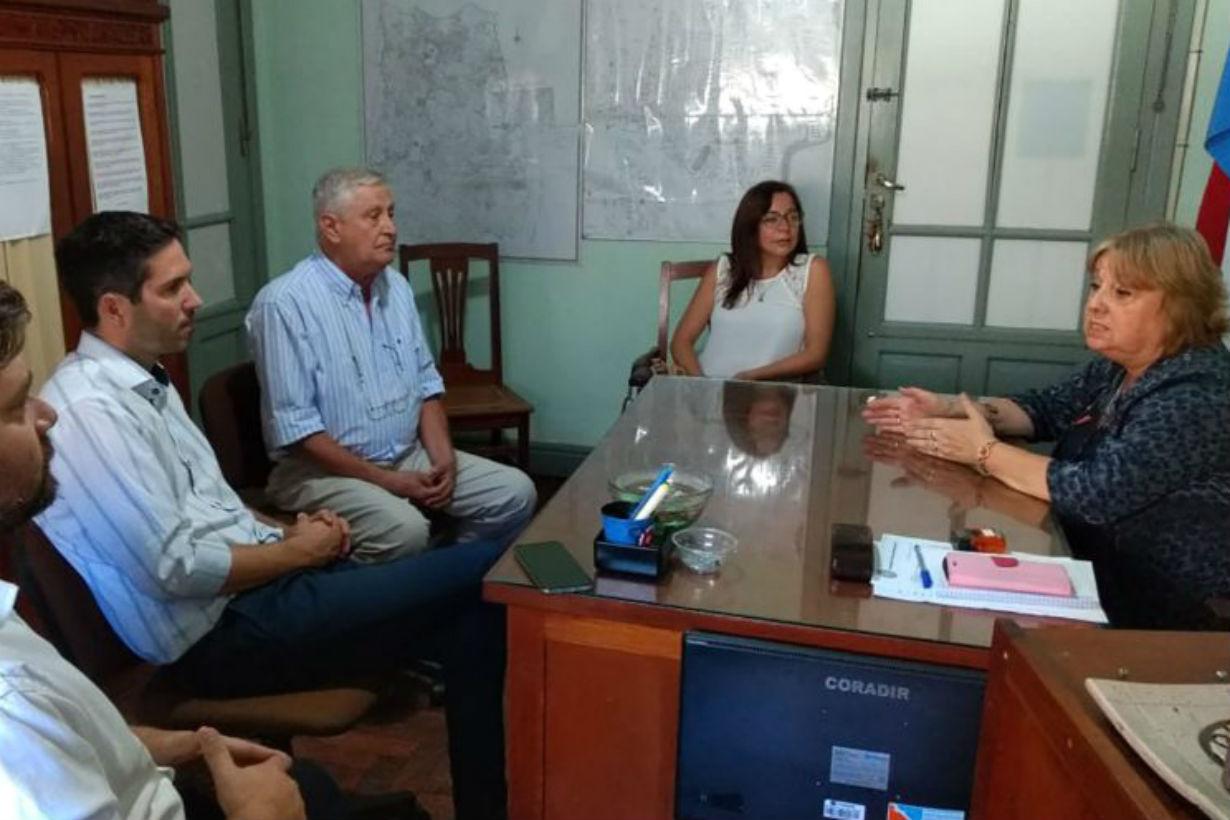 Müller visitó a Landó en la Departamental.