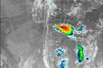 """Recomiendan """"extrema precaución"""" por las tormentas en el corredor de rutas 12 y 14"""