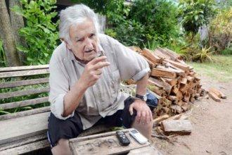 """Pepe Mujica habló de lo que debe hacer el gobierno de su país, """"en vez de traer 100 mil cagadores argentinos"""""""