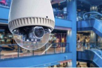 Sonríe, te estamos filmando: ¿Puede la Municipalidad obligar a privados a instalar cámaras de seguridad?