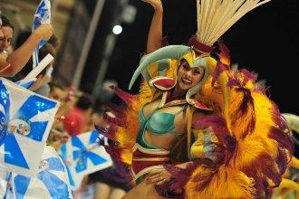 Con casi 16 mil espectadores, el Carnaval del País despidió enero a puro baile