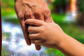 Abren la primera inscripción del año para adoptantes: cómo y dónde se realiza el trámite