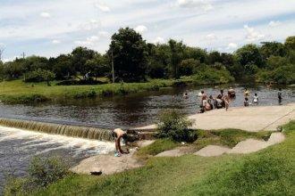 Contaminación bacteriana del río Uruguay: la potestad de habilitar o no las playas, en discusión
