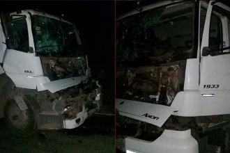 Chocaron dos camiones y uno de los conductores quedó atrapado: apuntan al estado de la ruta