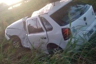 Impactante vuelco de un vehículo sobre Ruta 12 terminó con tres jóvenes hospitalizados
