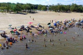 ¿Por qué en algunas playas entrerrianas prohíben alimentar a los peces?
