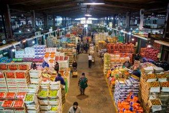El precio final de las naranjas es casi 13 veces lo que recibe el productor y desde Entre Ríos culpan a barras bravas