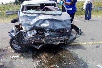 Jóvenes de San José perdieron la vida al impactar de frente con una camioneta en una curva