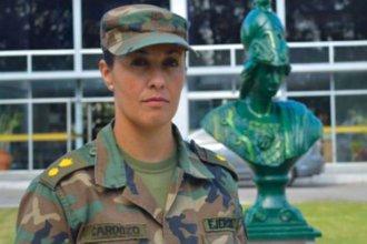 Nació en la ciudad vecina a Concordia y es la primera mujer en el comando del Ejército