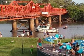 Buscan a un hombre que se habría arrojado al río desde un puente