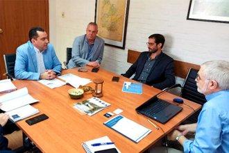 Empresarios holandeses, interesados en la navegación turística en el río Uruguay