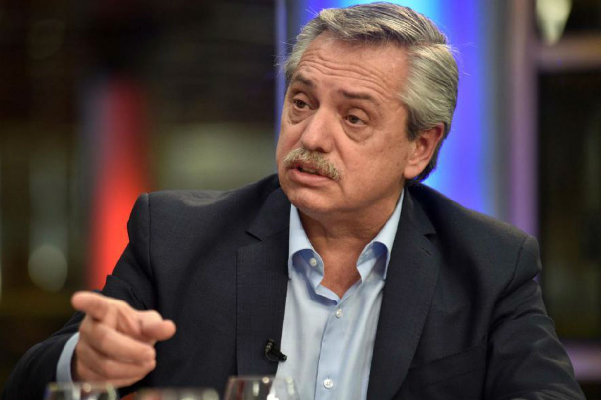 Alberto Fernández retiró casi 200 pliegos.