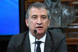En una columna de opinión, Enz recuerda que Urribarri sigue negando su historia de corrupción e impunidad