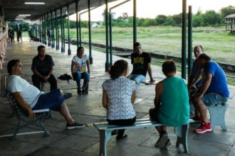 Entre la historia y la esperanza, un ferroclub sueña con la vuelta del tren a la costa del Uruguay