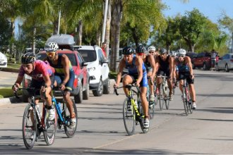 Por primera vez, Colón recibió al circuito de triatlón de la costa del río Uruguay