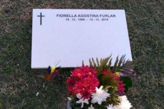 """""""Una luz brillante y misteriosa"""" llamó su atención desde la tumba de Fiorella Furlán"""
