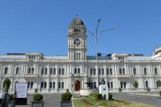 Este sábado 29 comienza el pago de sueldos a trabajadores y jubilados provinciales