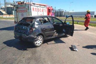 Viajaban rumbo a Colón, cuando su auto fue impactado por un camión, al tomar una rotonda