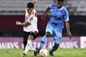 En un show de goles con presencia entrerriana, River le ganó 8 a 0 a Binacional