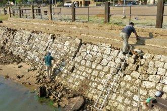 La bajante del río Uruguay facilita la restauración del antiguo muelle