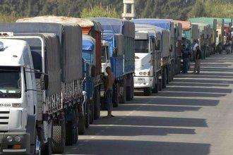 Las ciudades se exponen al desabastecimiento, advierten camioneros al denunciar malas condiciones de alimentación e higiene