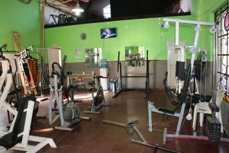 Tras romper la reja, se llevaron elementos de un gimnasio municipal