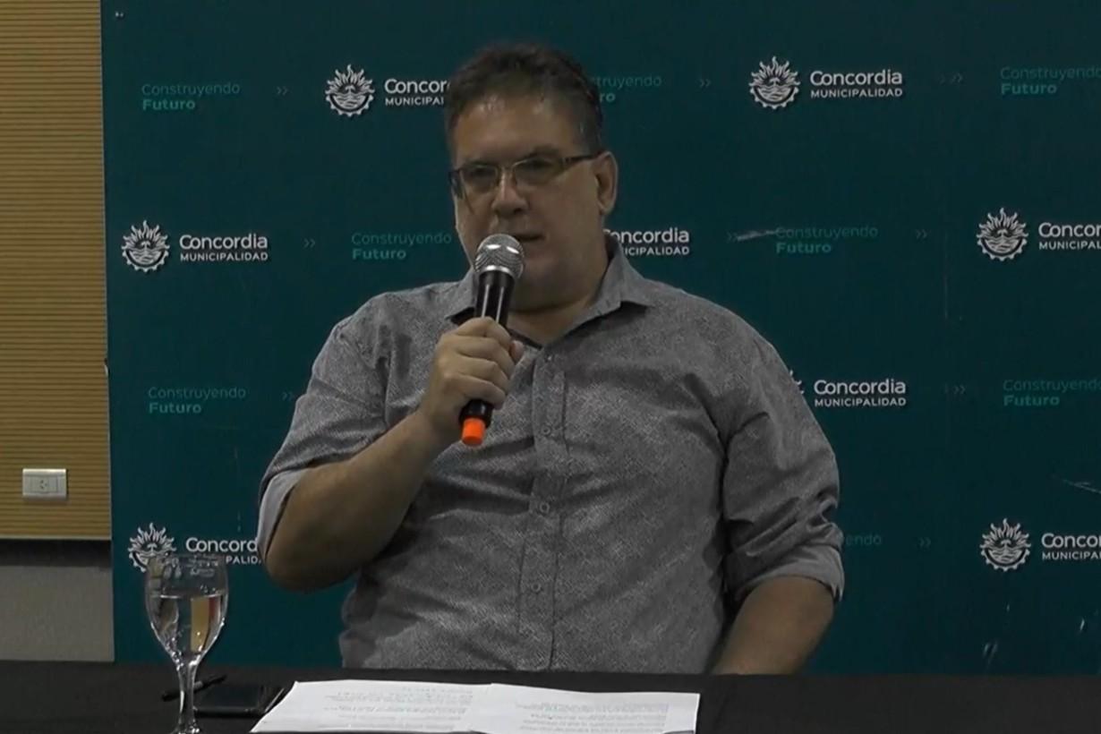 Francolini, en conferencia de prensa