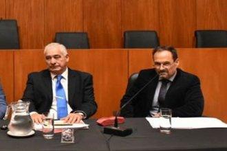 Otros dos funcionarios judiciales su suman con la mitad de sus haberes al fondo extraordinario